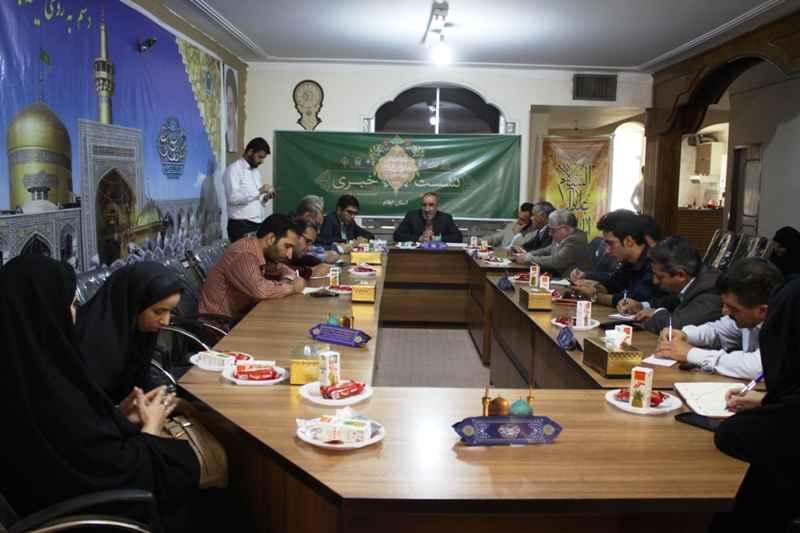 یکی از اصلی ترین رویکردهای آستان قدس در استان ها رفع محرومیت است
