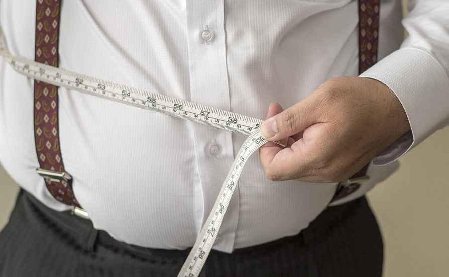 ۵۸ درصد زنان و ۴۰ درصد مردان ایلام اضافه وزن دارند