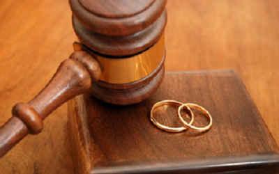 بررسی فقهی و حقوقی طلاق توافقی