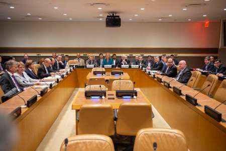 نشست وزرای خارجه ایران و ۱+۴ انزوای آمریکا را به تصویر کشید
