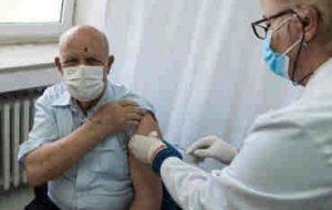 ۳۴۰ هزار از جامعه هدف ایلام واکسینه شدند