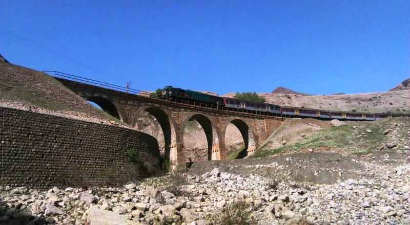 2100میلیاردریال برای بازسازی راه آهن سراسری لرستان هزینه شد