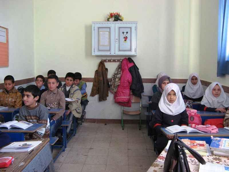 ۷۰۰ کلاس درس ایلام بصورت چند پایه تشکیل می شود