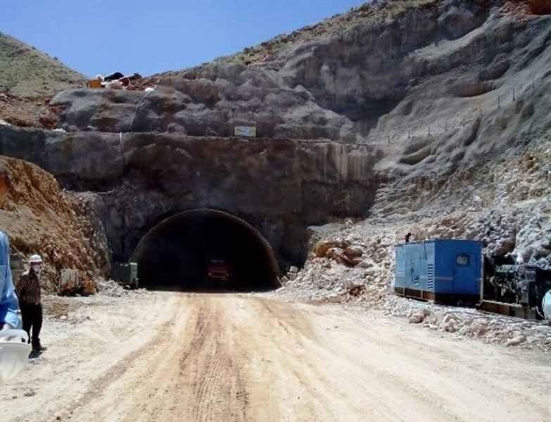 ۲۳۰ متر حفاری تونل دوم راه کربلا پایان یافت