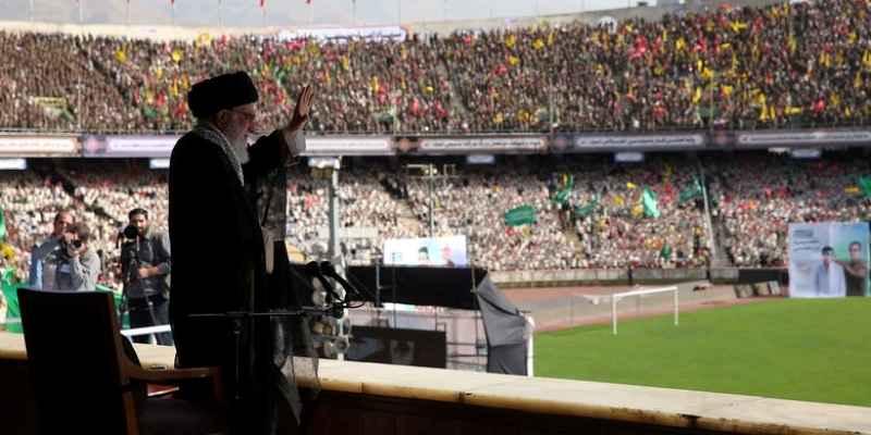 ملت ایران با شکست دادن تحریم سیلی دیگری به آمریکا خواهد زد
