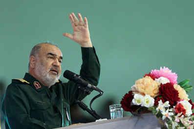 سردار سلامی: صنایع دفاعی نیروی پیشران صنعت و فناوری کشورها است